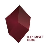 deep garnet-piccolo
